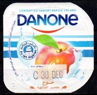 """Opercule Cover Yaourt Yogurt """" Danone """" Pêche Au Lait Algérien With Algerian Milk Yoghourt Yahourt Yogourt - Opercules De Lait"""
