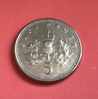 GRAN BRETAGNA  - 1990  Moneta 5 PENCE - Elisabetta II - 1971-… : Monete Decimali