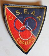 écusson Rare Brodé CSEAA école De Judo Chalons En Champagne - Martial Arts