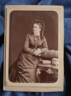 Photo Format Cabinet  Virginie Renaut Née Julienne Mariée En 1876 Avec Auguste  CA  1875-80 - L425 - Oud (voor 1900)