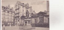 CPA - 74. PARIS - VAL DE GRACE - Statue De Larrey - Autres Monuments, édifices