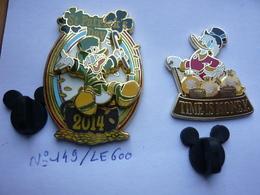 2 Big Pin S DISNEY PICSOU Tbq Voir Photo - Disney
