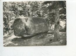 HUELGOAT (finistère) La Roche  Tremblante N°15 Artaud Cp Vierge - Dolmen & Menhirs