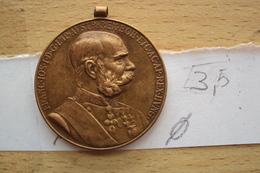 MEDAL FRANZ JOSEF I AUSTRIA 1898 HAUS HABSBURG SIGNUM MEMORIAE 1848-1916  DIAMETRO CM. 3,5 - Militari