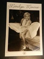 19889) MARILYN MONROE CARTOLINA GRANDE PUBBLICITARIA - Donne Celebri
