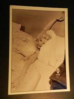 19889) MARILYN MONROE CARTOLINA GRANDE PUBBLICITARIA CHANEL N° 5 - Donne Celebri
