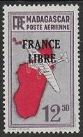"MADAGASCAR 1943 YT PA 49 SANS GOMME - SURCHARGE ""FRANCE LIBRE"" - Madagascar (1889-1960)"