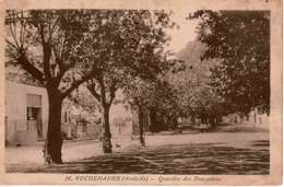 Cpa 07 ROCHEMAURE Quartier Des Brassières , Café Pompe à Essence , Au Dos Cachet Pierlot Et Fils ,bois - Rochemaure