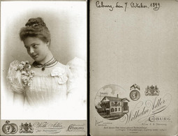 Vintage Photo 1899 CDV Cabinet Card By WILHELM ADLER, Goburg, Germany THEATER Portrait Of Youg Actress - Fotos