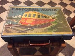 BOÎTE VALISE L'AUTORAIL MINIA. Matière Bois - Model Railways