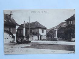 C.P.A. : 01 BRIORD : La Place, Animé , Timbre En 1934 - Autres Communes