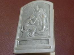 ALMANACH  CALENDRIER  1910 DEVAMBEZ   GRAVEUR à  PARIS   Dessus Argenté En Relief - Calendars