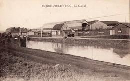 CPA  - Batellerie -  62 - COURCHELETTES - Le Canal - Dépot De Gas Oil - Editeur Canipel - France