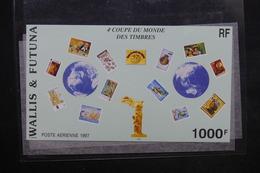 WALLIS ET FUTUNA - Bloc Feuillet Non Dentelé De La Coupe Du Monde De Football En 1997 - L 23826 - Blocks & Sheetlets