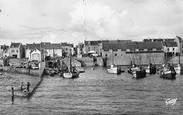 ¤¤  -  LA TURBALLE  -  Le Port  -  L'Abri Du Bateau De Sauvetage  -  ¤¤ - La Turballe