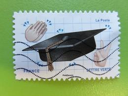 Timbre France YT 1560 AA - Emoji - Les Messagers De Vos émotions - Chapeau De Remise De Diplôme - 2018 - Frankrijk