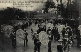 Reproduction - Funérailles Des Victimes Du Latouche-Tréville - Défilé Des Couronnes - Funérailles