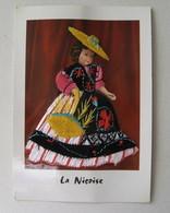 CARTE BRODEE  COSTUME REGIONAL LA NICOISE - Ricamate