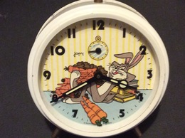 REVEIL ANIME JAPY. Bugs Bunny. WARNER BROS 1984 - Réveils