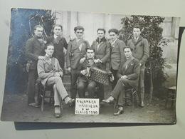 ALLIER COLOMBIER HONNEUR A LA CLASSE 1930  CARTE PHOTO - France