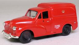 Morris Minor: Driver Instruction Van. - Corgi Toys