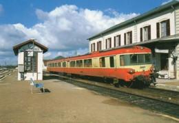 """45 Autorail """"Caravelle"""" En Gare De MALESHERBES - Estaciones Con Trenes"""