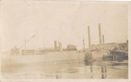 BRISTOL - CARTE PHOTO - CHANTIER NAVAL- BATEAU EN CONSTRUCTION DEBUT DU SIECLE - Etats-Unis