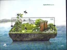 Portugal Azores Açores 2013 Apiculture Bees Honeycomb Souvenir Sheet MNH - Factories & Industries
