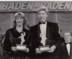 PHOTO ORIGINALE (20x25) STEFFI GRAF ET BORIS BECKER Elus Sportifs De L Année 1986(tennis) - Sport