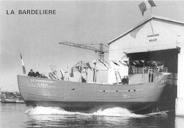 """¤¤  - CHERBOURG  -  Lancement Du Bateau De Pêche """" LA BARDELIERE """" Des Chantiers """"BELLOT """" Pour SAINT-MALO - Cherbourg"""