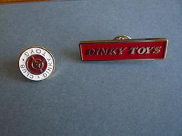 2 PINS CLUB DINKY TOYS - Autres