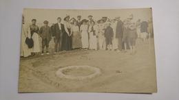 CPA CARTE POSTALE ANCIENNE ORIGINALE PHOTO DE GROUPE VACANCES A LA PLAGE FETE ENFANT ANIMATION BOURGEOISIE FRANCE 1900 - Réceptions