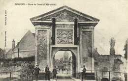 BERGUES  Porte De Cassel (XVIIes) RV - Bergues