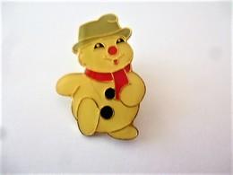 PINS BONHOMME DE NEIGE / 33NAT - Noël