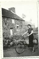 (CYCLES   )( VELO )( TRANSPORT ) ( FEMME ) - Photographs