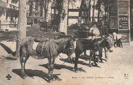 Rare Cpa La Place Aux ânes à Vichy - Vichy