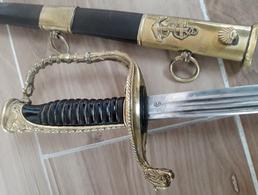 Ancien Sabre De Marine Inscription B.F Sur La Lame - Knives/Swords