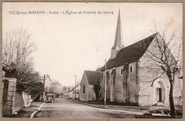 36 / VICQ-sur-NAHON (Indre) - Eglise Et Entrée Du Bourg (+ Véhicule Automobile) - France