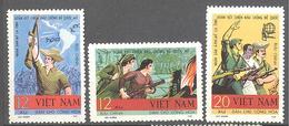 Viet Nam Du Nord: Yvert N° 616/618 - Viêt-Nam
