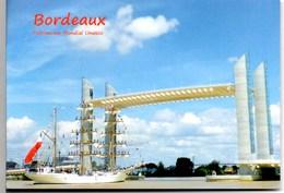 **BORDEAUX Pont Chaban Delmas ** CPSM Ecrite Mais Très Bon Etat - Bordeaux