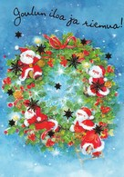 Santa Clauses On Christmas Wreath - Santa Claus