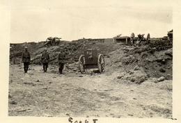PHOTO ALLEMANDE - LITHUANIA LITUANIE - ARTILLEUR AU FORT 2 A KOWNO - KAUNAS - GUERRE 1914 1918 - 1914-18