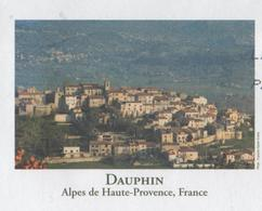 DAUPHIN 04 ALPES DE HAUTE PROVENCE - VUE DU VILLAGE, PAP ENTIER POSTAL 2008, VOIR LES SCANNERS - Vacances & Tourisme