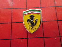 412F Pin's Pins / Beau Et Rare / THEME : AUTOMOBILES / ECUSSON CHEVAL CABRE LOGO SCUDERIA FERRARI - Ferrari