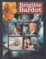 H217. Guine-Bissau - MNH - 2011 - Famous People - Brigitte Bardot - Célébrités