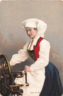 ¤¤  -  DANEMARK   -  Eneret N.J.-Uds   -  Femme En Costume    -  ¤¤ - Danemark