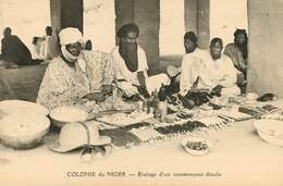 Afrique - Niger - Colonie Du Niger - Etalage D'un Commerçant Dioula - Niger