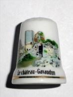 De A Coudre En Porcelaine  Chateau Gavaudun - Dés à Coudre