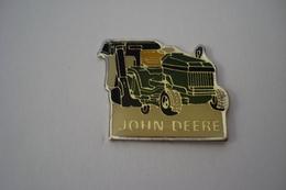 "20190227-2556 MACHINE AGRICOLE  MARQUE ""JOHN DEERE"" – AGRICULTURE - Pins"