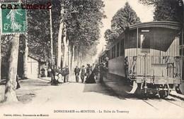 DONNEMARIE-EN-MONTOIS LA HALTE DU TRAMWAY GARE TRAIN LOCOMOTIVE TRAM 77 SEINE-ET-MARNE - France
